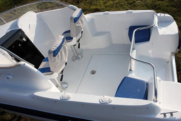 лодка посейдон пластик